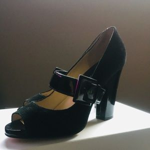 Michael Kors Black patent leather and suede heels